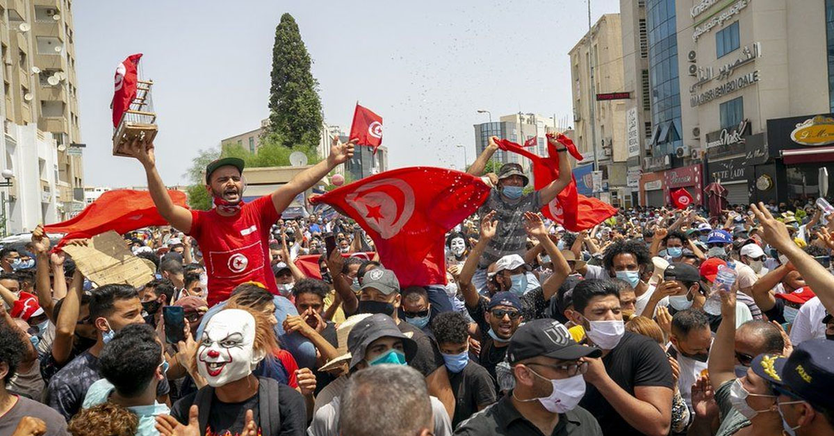 Tunisia PM sacked after violent Covid protests