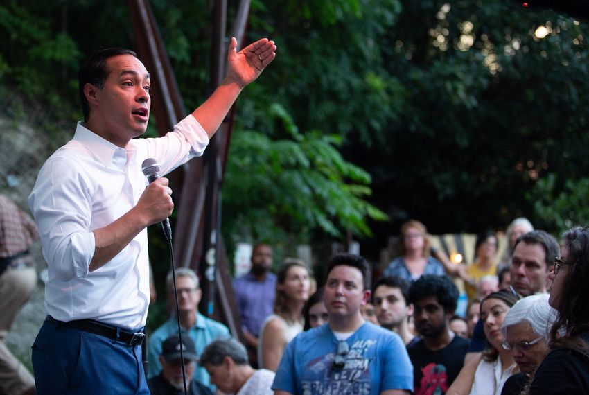 After debate skirmish, Castro, O'Rourke host dueling events in Austin