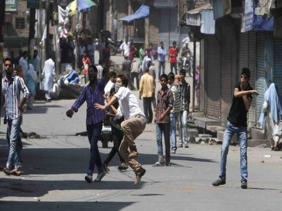 Six injured in stone pelting by protesters after Eid prayers in Kashmir