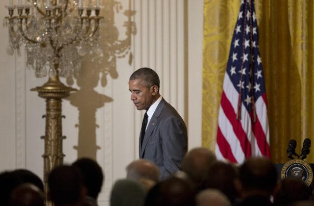 Obama speaks to Hollande, offers help in terror attack probe