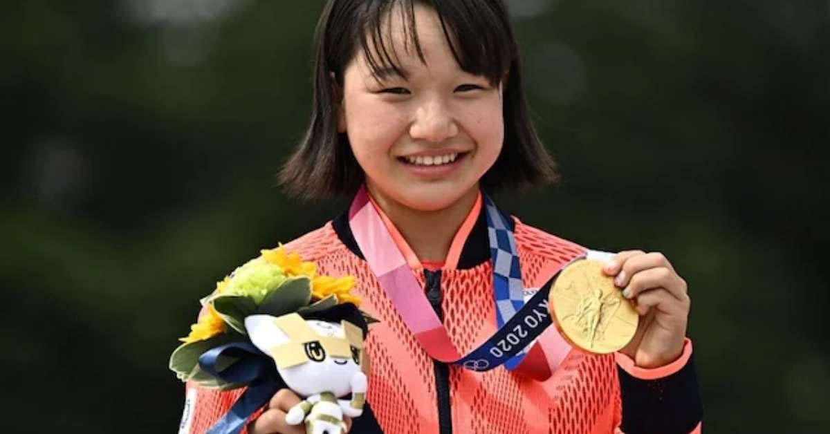 Japan's Momiji Nishiya, 13, Becomes First Women's Olympic Skateboard Champion