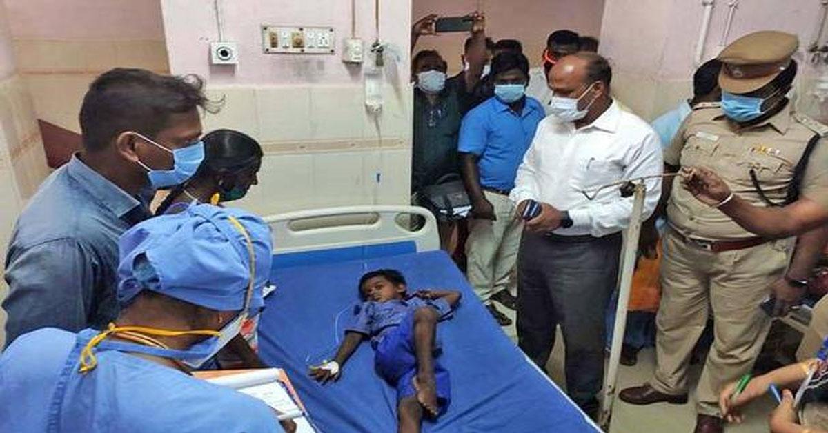 'Dead lizard' in noon meal, 17 Anganwadi children hospitalised in Cuddalore