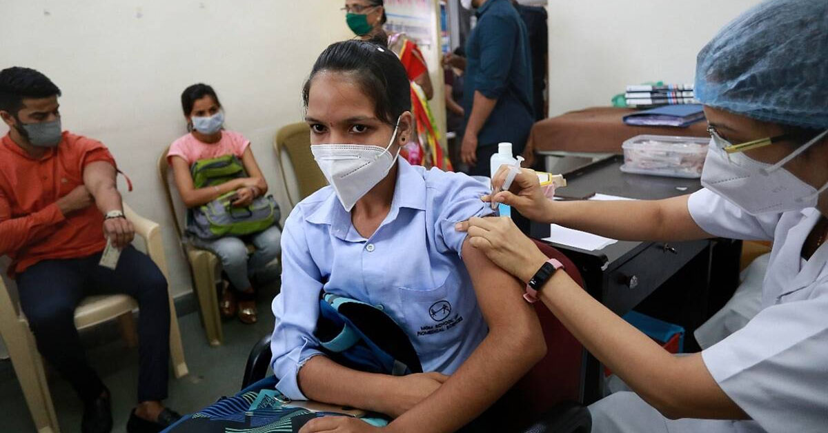 Free Covid vaccines for all, only Centre to procure
