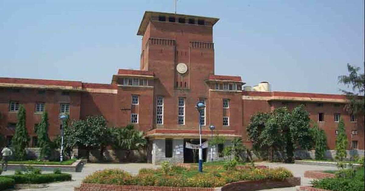DU conducts first open-book exam successfully, nearly 35,000 students appear