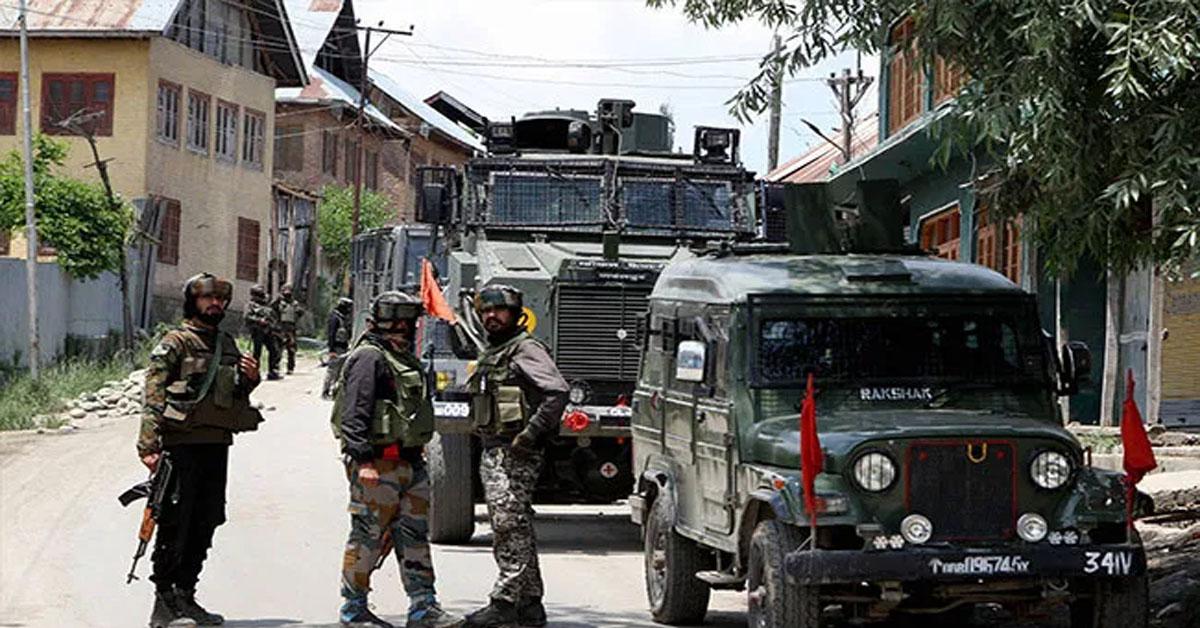 Internet Snapped, Curfew In Pulwama After 3 Lashkar Terrorists Killed In Encounter
