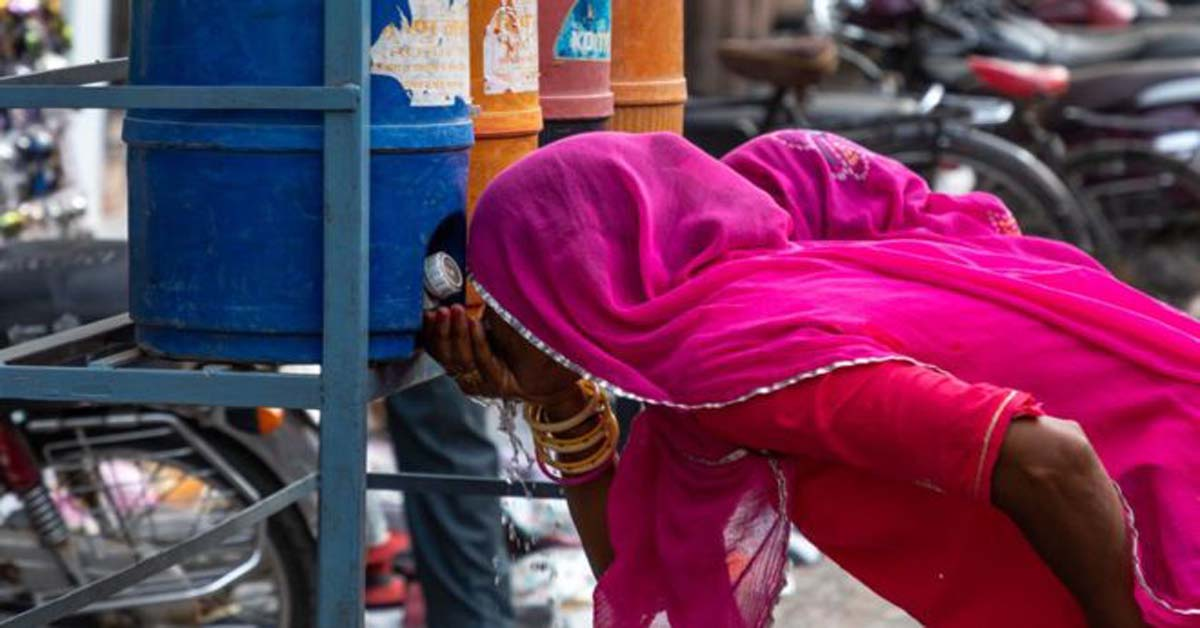 Heatwave hits India amid locust
