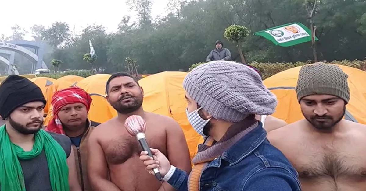 As Freezing Delhi Goes Under The Covers, Defiant Farmers Take Off Shirts