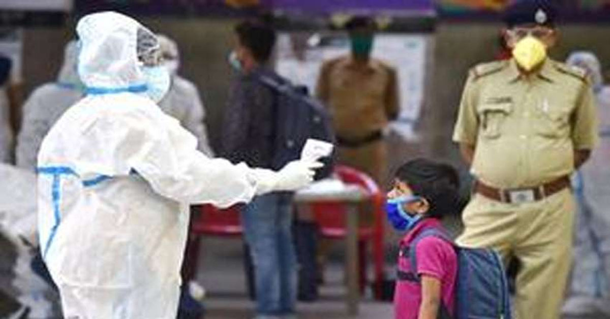 India's COVID-19 count rises by nearly 5,000 new cases