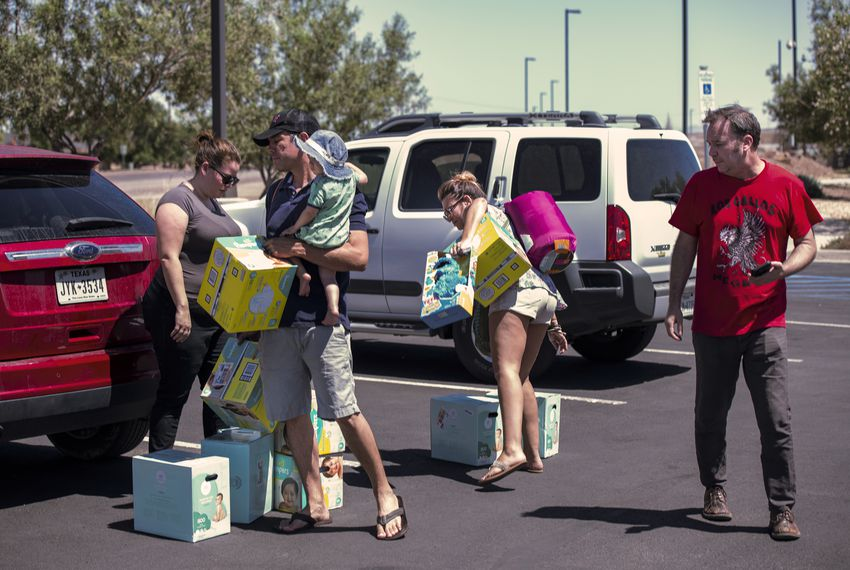 Texas lawmaker files bill to allow donations of diapers, other goods to migrant kids in Border Patrol facilities