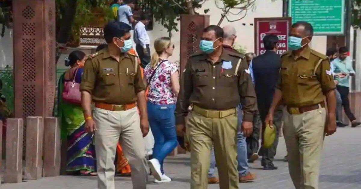 In Noida 2 more cops test COVID-19 positive