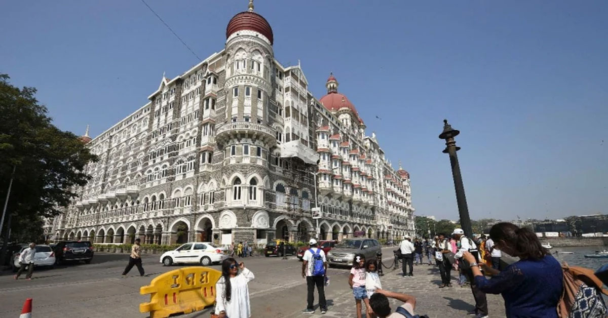 Security outside Taj hotel in Mumbai beefed up
