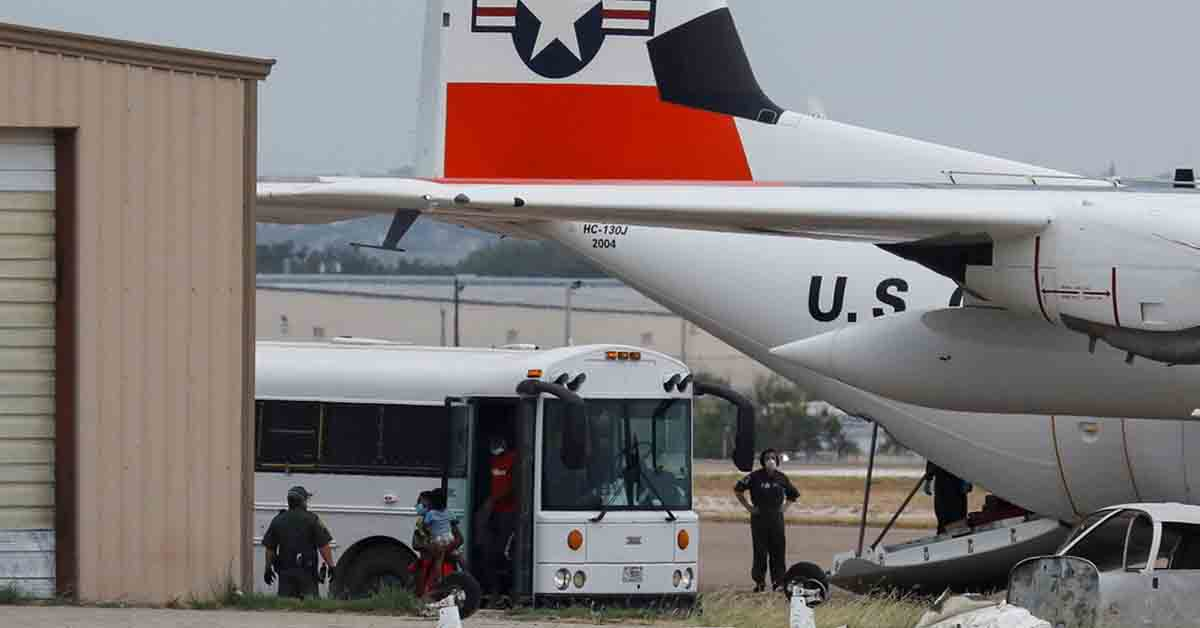 Haitian migrants being released into US