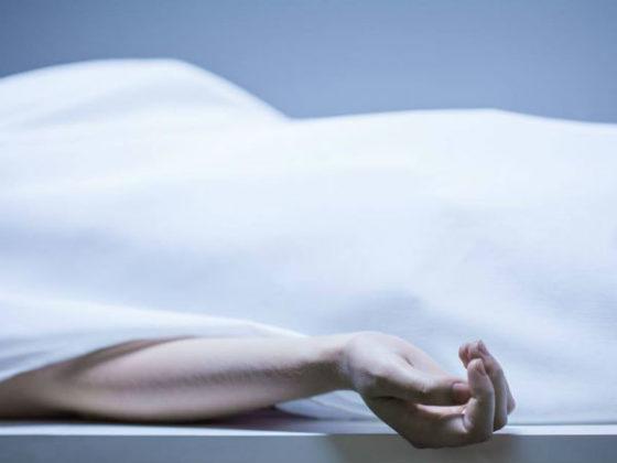 AAP woman activist commits suicide